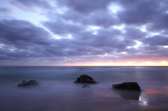 Same boulders, different morning. Canon 7D with Canon 10-22mm lens at ISO 100. 20 seconds at f/4.
