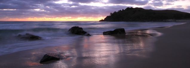 More boulders, Norries Head, and Pacific dawn. Canon 7D with Canon S10-22mm lens at ISO 100. 1.6 seconds at f/4.
