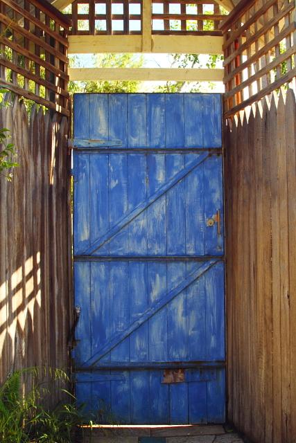 Blue Door and Lattice 2AM-112348_7D - Copy