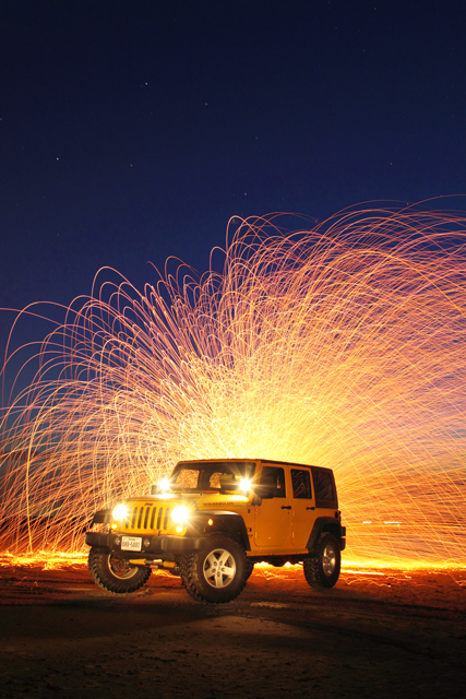 Jeep-Wrangler-and-Steel-wool-2AM-116085-1106087_stacked
