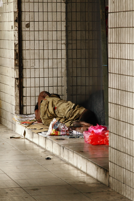 Homeless 2AM-116866_7D