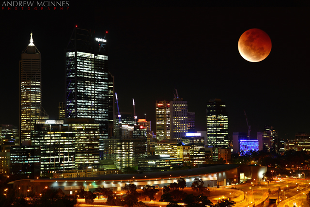 Lunar Eclipse 2AM-006251and006254_composite. ©2014 Andrew McInnes. All Rights Reserved.