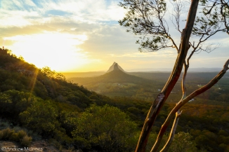 glasshouse-mountains-2am-003979
