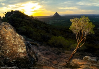 glasshouse-mountains-2am-3992-3995_edit-stitch